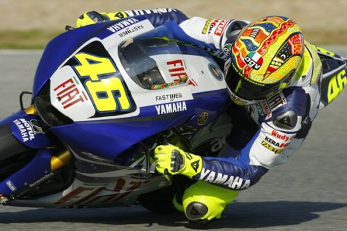 Valentino Rossi and the Dreamtime helmet
