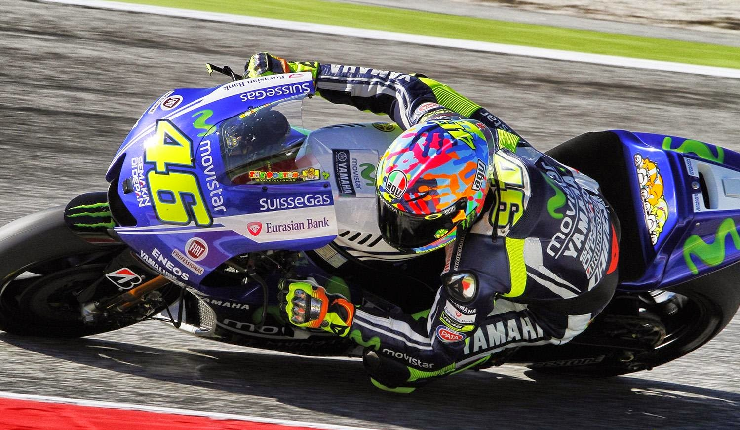 Valentino Rossi 'Give Us A Hand' helmet (Misano 2014