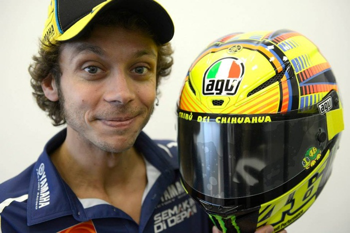 valentino rossi helmets a history of valentino rossi 39 s helmets and where to buy valentino. Black Bedroom Furniture Sets. Home Design Ideas